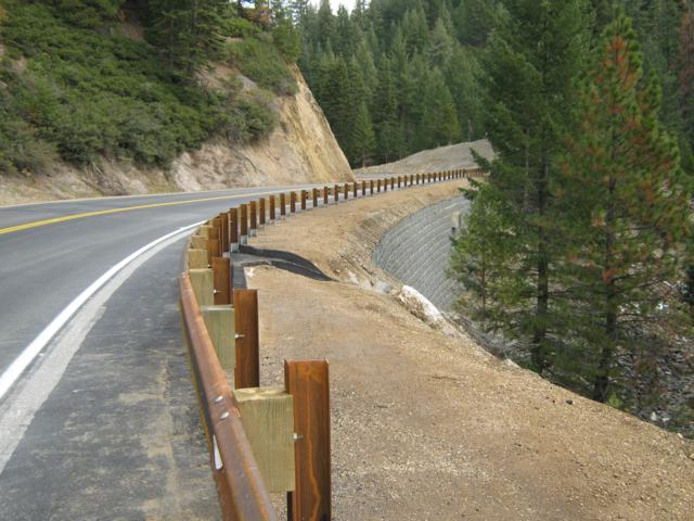 Big Creek Road retaining wall_640x480.jpg