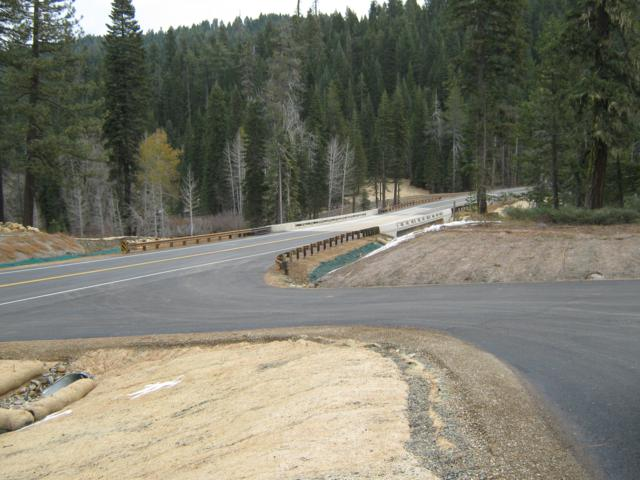 new bridge and road_640x480.jpg